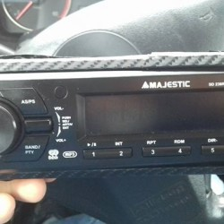 player auto con USB €45 - Cuneo vendo MAJESTIC usato...