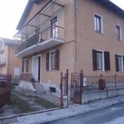 Appartamento piano terra 127m quadrati €180,000 - Cuneo Vendo la...