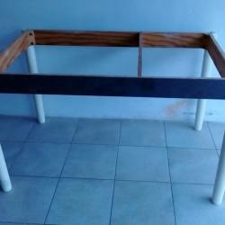 Vendo tavolo con lastra di marmo indiano doppia 3 cm...