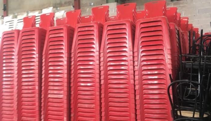 sedia Arianna rosse.jpg