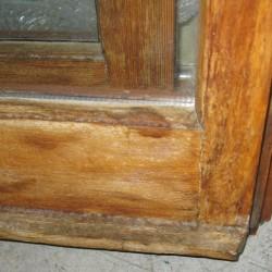 finestra-vecchia-da-riparare-e-verniciare